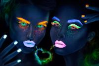 Adria Neon (квартальные)